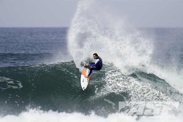 Joel Parkinson (AUS), 31, current ASP WCT No. 1, has a chance to clinch the 2012 ASP World Title at this week's O'Neill Coldwater Classic in Santa Cruz.