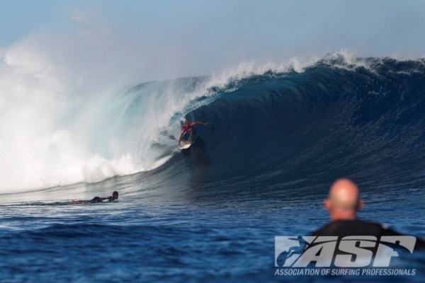 Kelly Slater (USA), 40, claims the 2012 Volcom Fiji Pro!