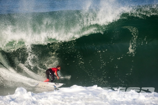 Kai Otton (AUS), 32, will take on Gabriel Medina (BRA), 18, in Round 3 of the Quiksilver Pro France.