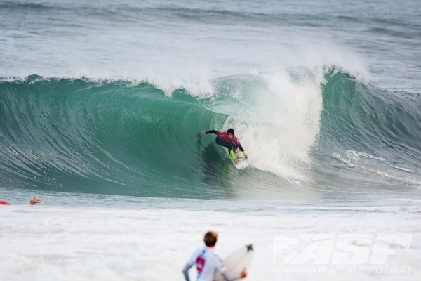 Gabriel Medina (BRA), 18, defending Quiksilver Pro France winner, picked up where he left off last year, posting a solid win in Round 1 this morning.