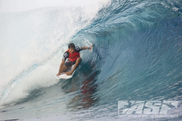 Jeremy Flores (FRA), 24, last year's recipient of the coveted Andy Irons Forever Award, will face Heitor Alves (BRA), 30, in Round 3 of the Billabong Pro Tahiti.