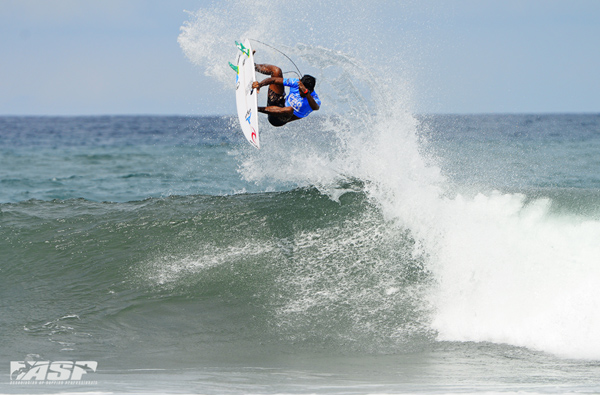 Oney Anwar (IND) flying high at the Oakley Pro Bali earlier this year. Pic ASP/Will H-S