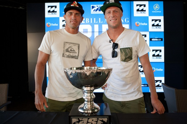 Kelly Slater (USA), 41, and Mick Fanning (AUS), 32, will battle at the Billabong Pipe Masters to decide the 2013 ASP World Title.