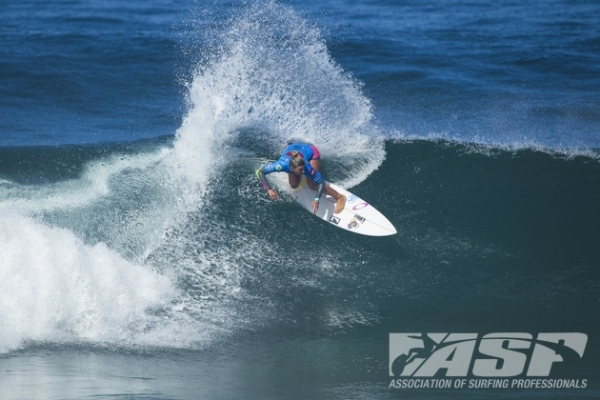 Sage Erickson (USA), 22, will take on compatriot Courtney Conlogue (USA), 21, in the opening Quarterfinal of the EDP Cascais Girls Pro presented by Billabong.
