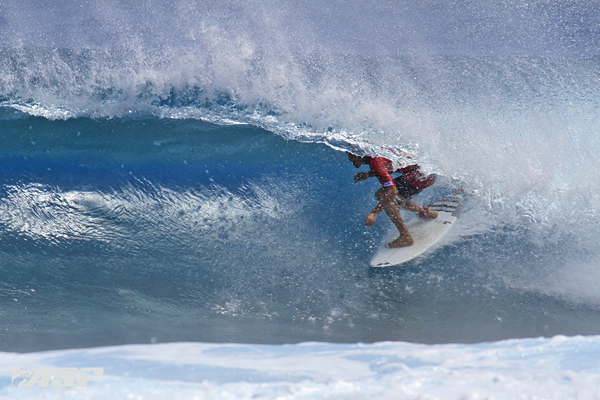 Enrique Arritu tucking into a Tahitian tube at the Rangi Pro Junior. Pic ASP/Will H-S