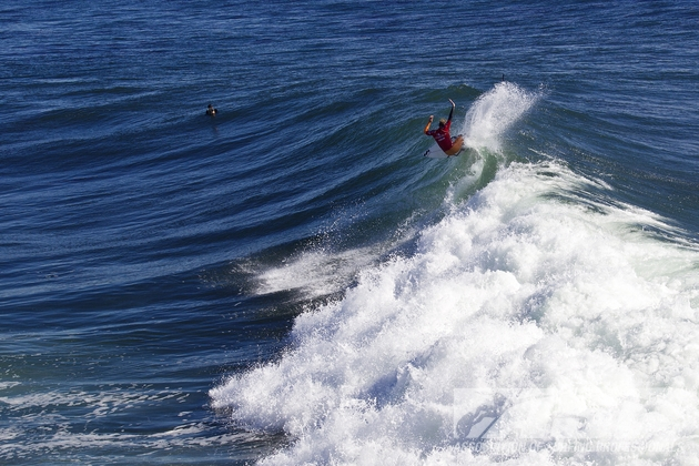 Taj Burrow won his second ASP event of 2012 at the O'Neill Coldwater Classic.