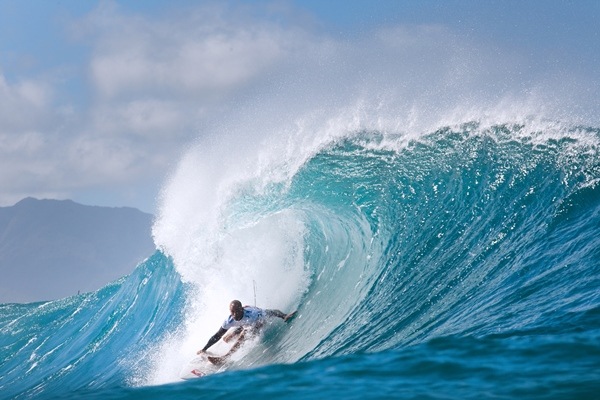 Kelly Slater (USA), 41, claims 2013 Billabong Pipe Masters win.
