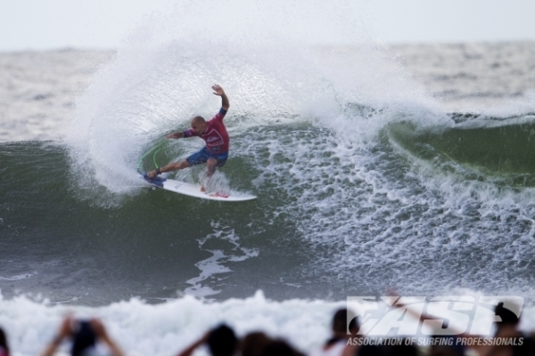 Kelly Slater (USA), 41, 11-time ASP World Champion and 2012 ASP World Runner-Up, defeated the reigning ASP World Champion Joel Parkinson (AUS), 31, in firing Kirra barrels at the Quiksilver Pro Gold Coast.