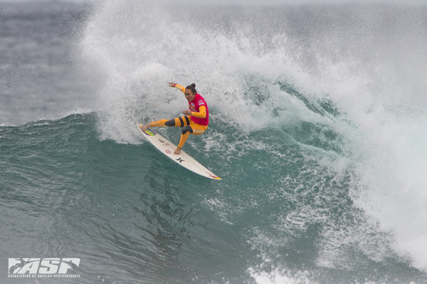 Carissa Moore (HAW) posted a big Round 1 win in solid surf on day 1. PIC ASP/Robertson.