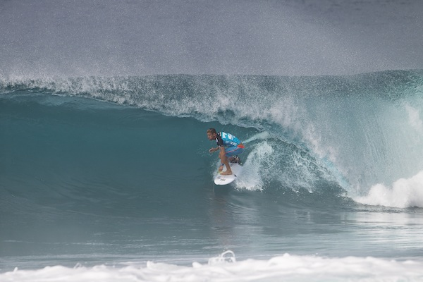 Wildcard Mitch Crews (AUS), 23, will surf against 11-time ASP World Champion Kelly Slater (USA), 41, in Heat 9 of Round 3 when Billabong Pipe Masters competition resumes.