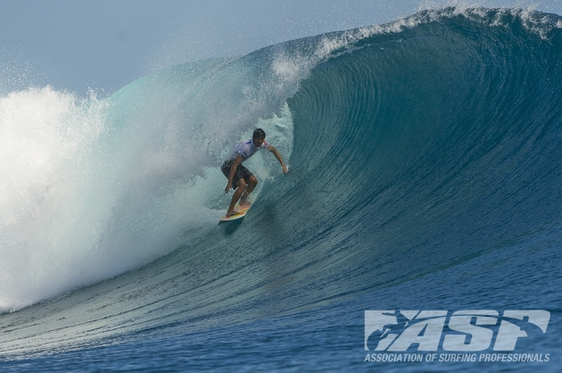 Miguel Pupo (BRA), 21, will face off against Jeremy Flores (FRA), 24, in Heat 4 Round 3 of the Volcom Fiji Pro.