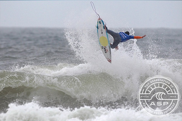 Gabriel Medina was on fire on day three of the Cascais Billabong Pro.