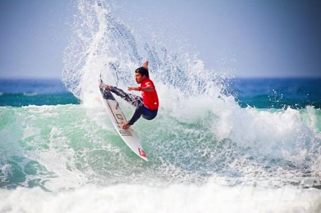 Portuguese up-and-comer Miguel Blanco advanced to Round 3 of the Gijon Pro Junior today.