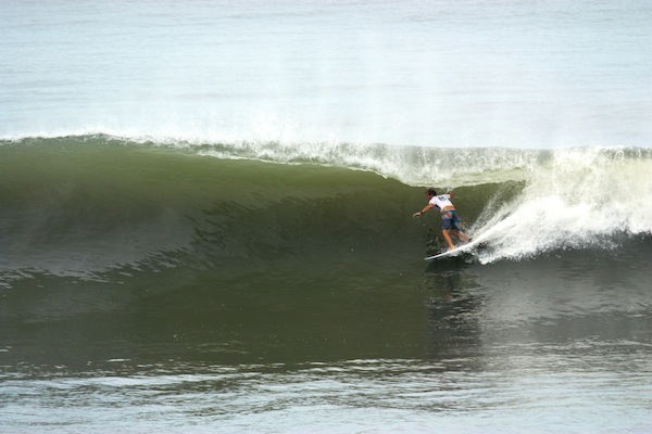 Josh Kerr (AUS), 28, top seed at the Reef Pro El Salvador, earned the day's high score while advancing to the Quarterfinals.