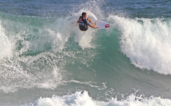 Ramzi Boukhiam earned the highest scores on Day 1 of the Quiksilver Saquarema Prime.