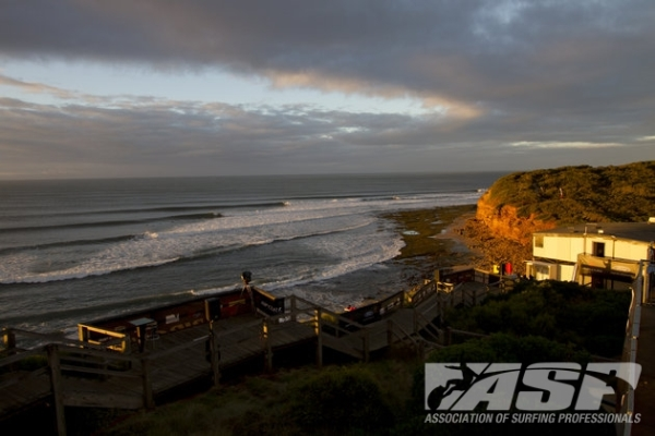 Bells Beach has come alive for Easter Sunday at the Rip Curl Pro Bells Beach!