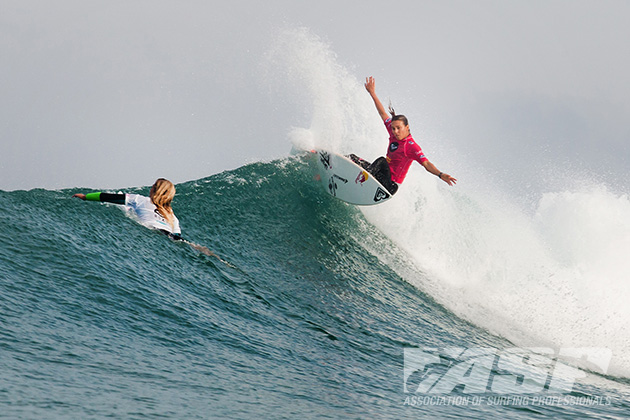 Sally Fitzgibbons (AUS) and her critical fronthand attack were unmatched today in France.