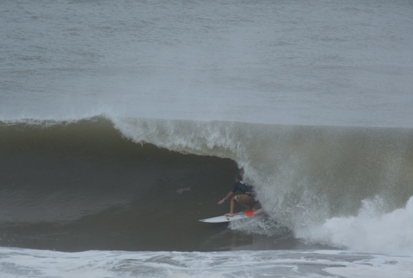Cody Thompson (USA), 23, earned the day's highest score of 8.67 at the Surf Open Acapulco.