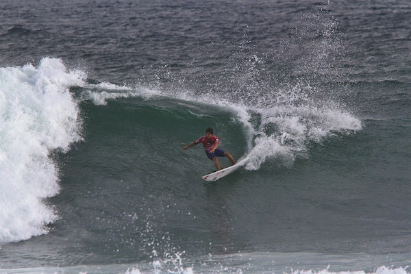 Gabriel Medina (BRA), 19, surfed a near-perfect 19-point heat total despite the wild conditions on offer at Saquarema today.