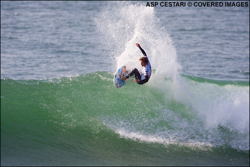 Ricky Basnett Quiksilver Pro France Surf Contest Round 1.
