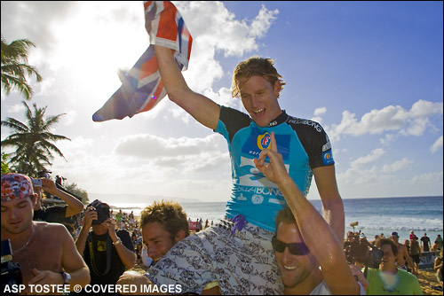 c4dae5eb45 Bede Durbdige (Aus) posted a double victory today by winning both the  Billabong Pipeline
