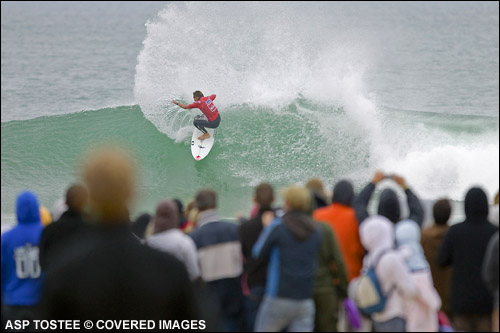 Greg Emslie Quiksilver Pro France Surf Contest Runner Up.  Photo Credit ASP Media.