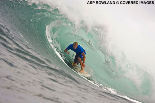 f222039e8d Mick Fanning 3rd Place at The O neill World Cup of Surfing Sunset Beach.