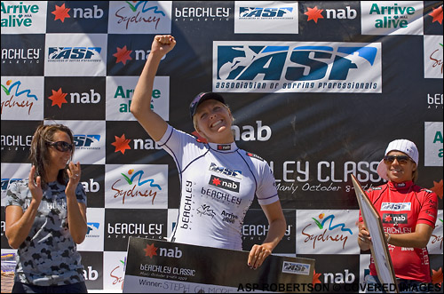 Surfing Stephanie Gilmore Wins The NAB Beachley Classic