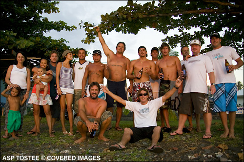Andy Irons and Friends, Teahupoo.  Pic credit ASP Tostee