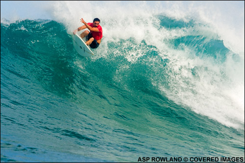 e64bb7b47f Leonardo Neves Surfing Into 2nd Place at The O neill World Cup of Surfing at