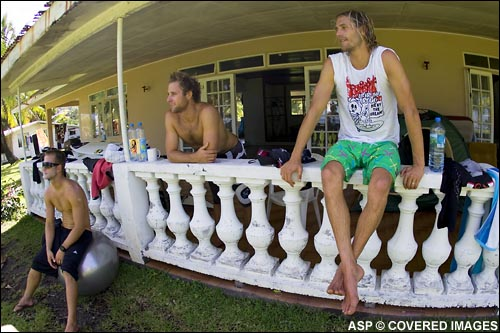 Steadman, Whitaker and Kerr Hanging out, lay day 2.  Pic credit ASP Tostee
