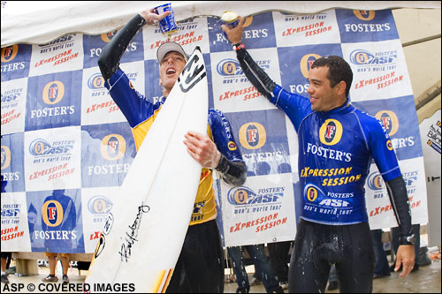 Andy Irons and Raoni Monteneiro Winners of the Mundaka Fosters Expression Session.  Picture credit ASP Tostee