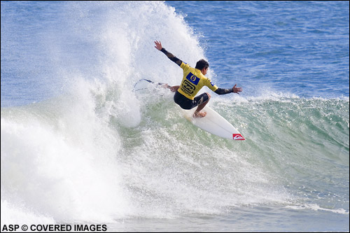 Mikey Picon (France) posted the second highest heat score of the day to defeat Fred Patacchia & advance to round 3. Picture credit ASP Tostee