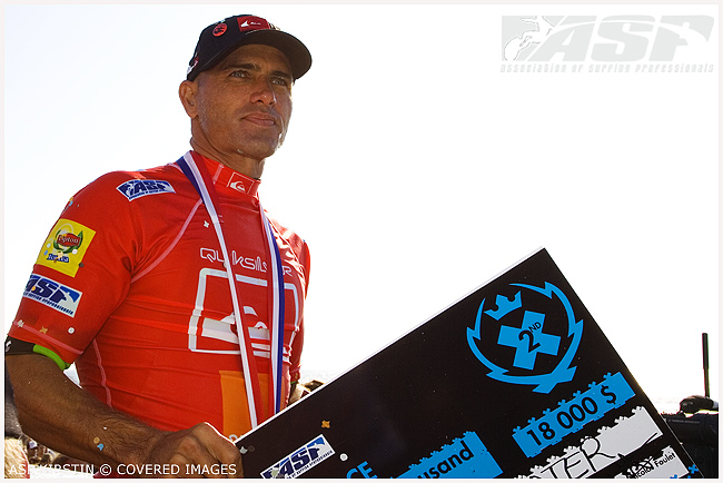 Kelly Slater Quiksilver Pro France 2008 Runner Up.  Credit ASP Tostee